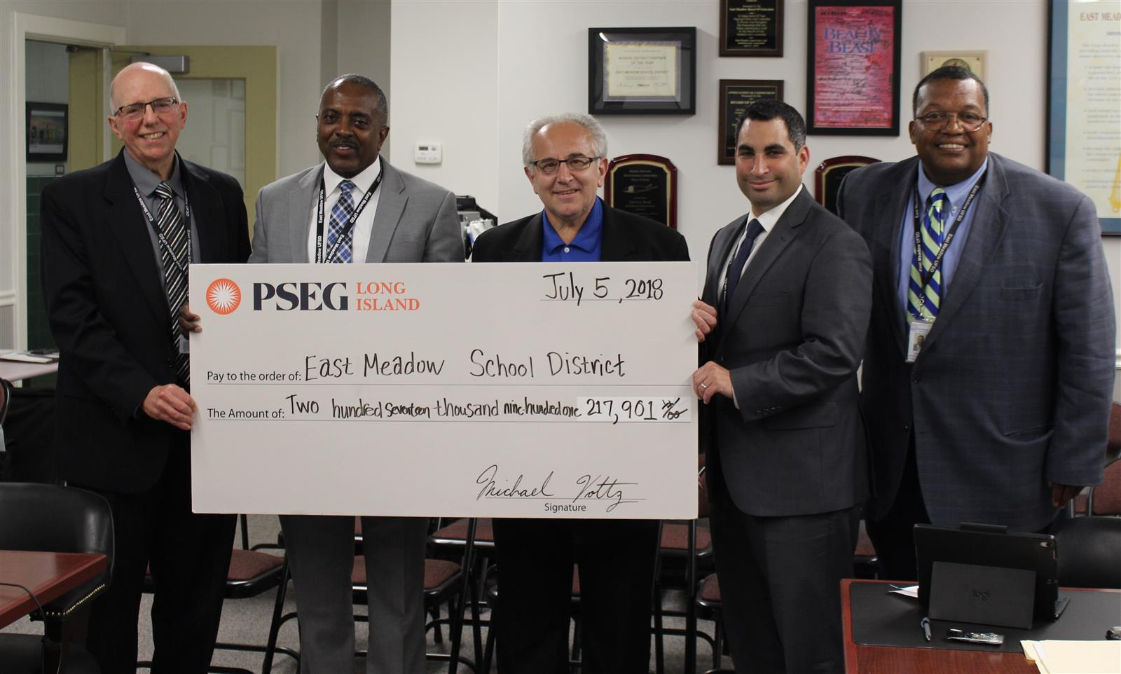 East Meadow Receives Energy Efficiency Rebate From PSEG photo