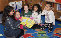Parkway Students Read Aloud photo